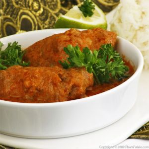 Indian Butter Chicken in Tomato Cream Sauce (Murgh Makhani Curry)