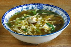 Vegetarian Sizzling Rice Soup