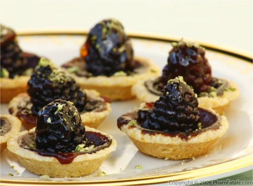 Throwing an Elegant Dinner Party? Try Miniature Sweets Recipe