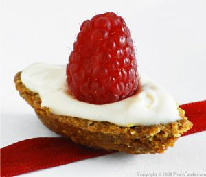 Frangipane Miniature Tart with Raspberry Mascarpone Frosting Recipe with Picture
