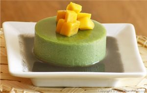 Matcha Green Tea Agar Agar with Sweet Black Sesame Sauce