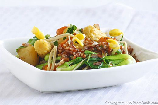 Asian-Style Red Rice with Mixed Vegetables Stir-Fry