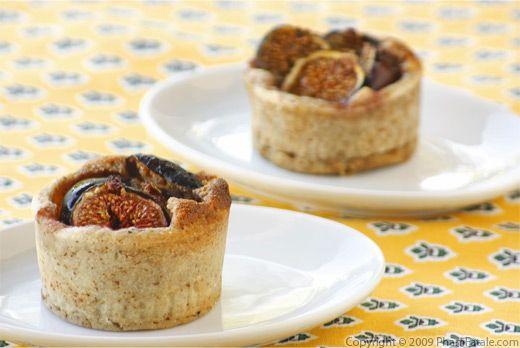 Tarte aux figues, miel et noix de pecan