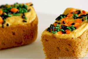 Blondie with Pumpkin Cream Cheese Frosting
