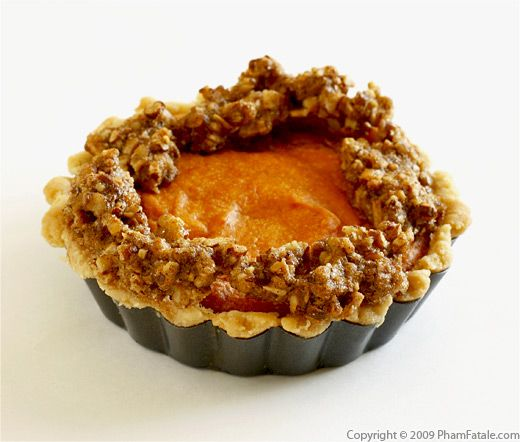 Sweet Potato Pie with Pecan Crumb Topping Recipe