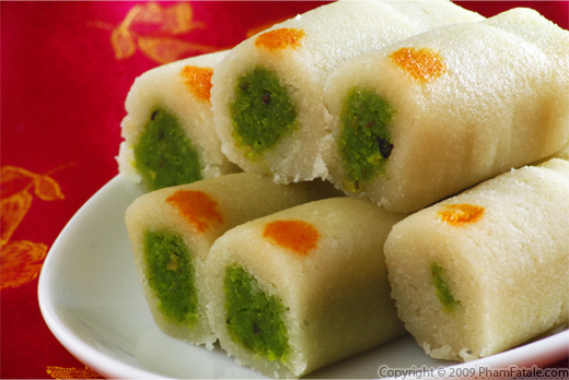 Kaju Pista Rolls (Indian Cashew and Pistachio Sweets)
