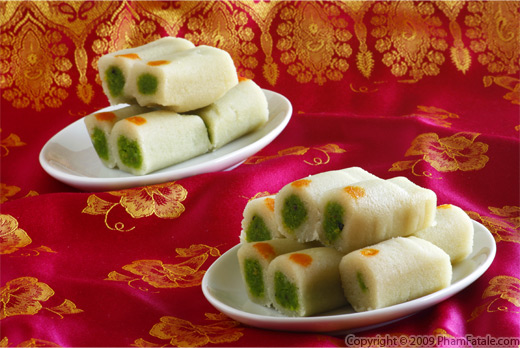 Kaju Pista Rolls Recipe with Picture