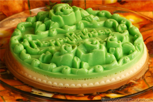 Rau Cau (Coconut, Mocha, Pandan flavored Vietnamese Jello Cake)