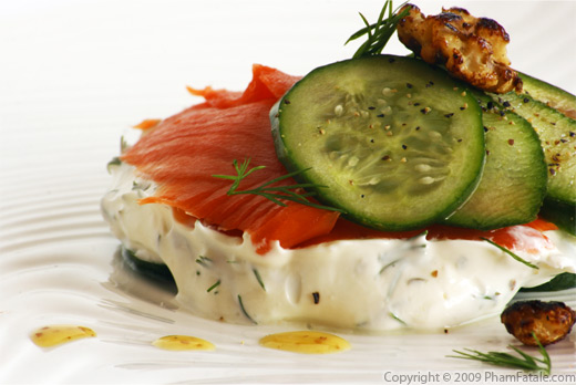 Smoked Salmon on Wonton Puff with Dill Cream Cheese Recipe