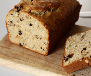 Currant and Walnut Banana Bread Recipe
